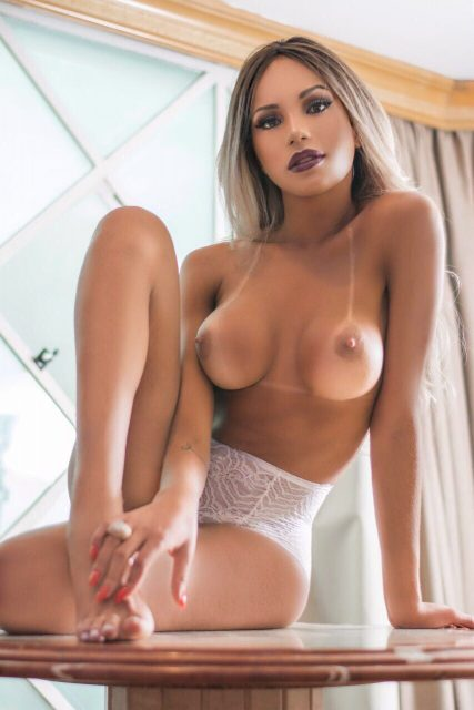 Naked girl light skinned girls