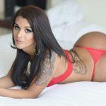 Julia Alves